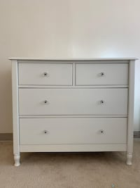 white wooden 3-drawer chest Springfield, 22153