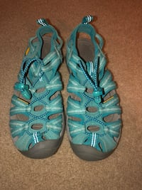 Keen shoes GOOD condition women's size 6.5 Hoover, 35244