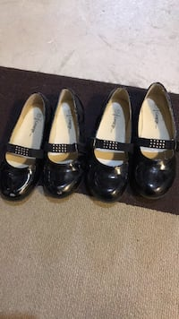 Girls dress shoes size 13 and size 1 Barrie, L4M 7K4