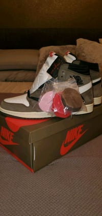 Travis AJ1 Size 10.5 contact for details