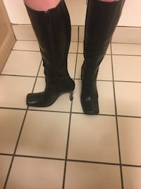Brand new $400 Italian leather boots