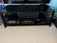 Tv stand Guelph, N1L 0K2