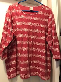LIKE NEW. Blair 2XL Floral Top Winchester, 22602