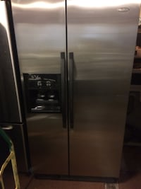 Whirlpool stainless steel fridge  Chicago, 60637