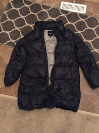 Womens GAP downfilled jacket