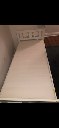 Kids bed for sale only had it since a week in like new condition Toronto, M3H