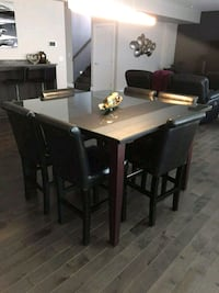 Custom table with 6 chairs Langley, V2Y 2G2