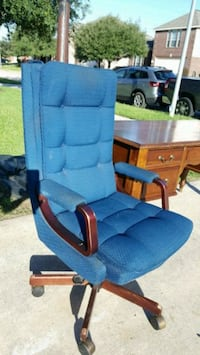 Big blue office chair Spring, 77388