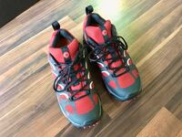 7.5 hiking shoes