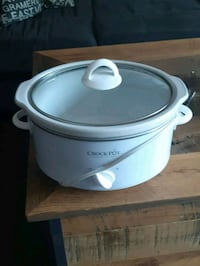 white and gray Rival slow cooker London, N5Z 4P4