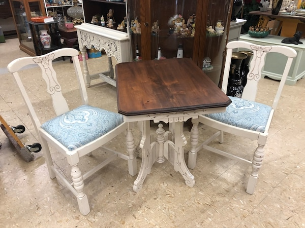Antique White Kitchen Nook Dining Table With 2 Chairs