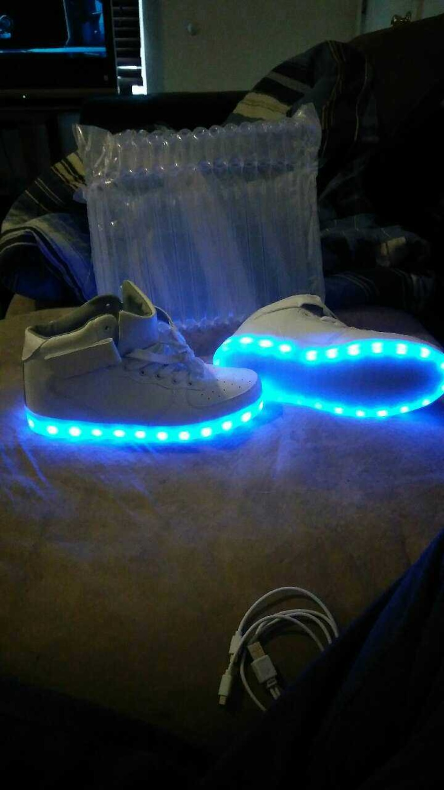 Rechargeable light up shoes. Brand new. - UT
