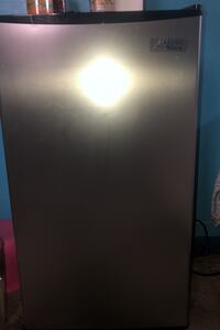 Artic King 3.3 Mini Fridge Harper Woods, 48225