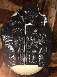 Moncler jacket authentic size 1 (small in US) Brampton, L6Y