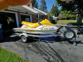 Sea-Doo wave runner excellent condition like new