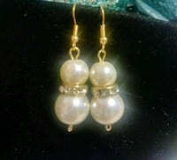 New Fashion Pearl & Crystal Earrings Gold Tone