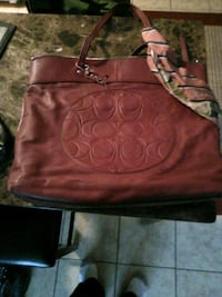 women's red leather tote bag Oklahoma City, 73139
