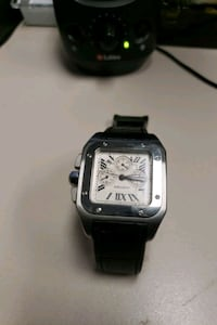 Selling my Cartier Santos 100 stainless steel with a blue Sapphire . Toronto, M6M 5E6