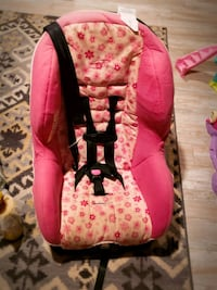 baby's pink and white floral car seat carrier Gaithersburg, 20877
