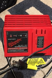 Milwaukee 18 volt charger