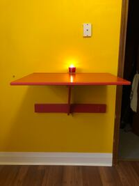 Wall-mounted drop-leaf table Toronto, M5R 3G2