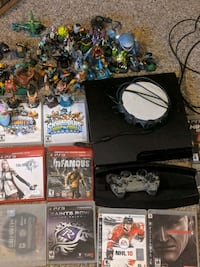 PS3 plus all items in pictures