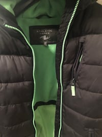 green and black zip-up jacket 538 km