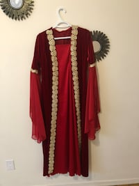 Women's red and brown traditional dress size Medium Toronto, M9P 1A8