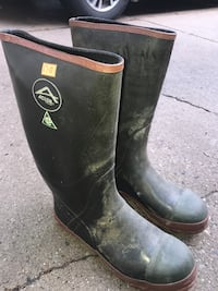 Steel toe Acton rubber boots Sz-10