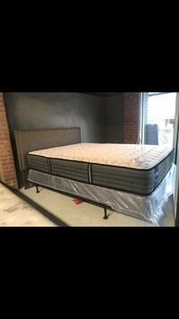 Queen bed complete with headboard metal frame and sealy medium feel Posturpedic queen set call  [PHONE NUMBER HIDDEN]  downtown Leeds first come first serve only have one Leeds, 35094