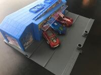Hot wheels garage with 3 cars South Pasadena, 91030