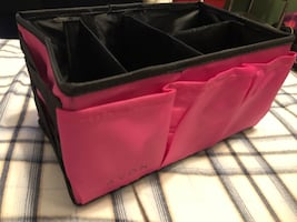 Avon pink beauty caddy