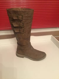 brown suede 3 buckled knee high boots Lorton, 22079