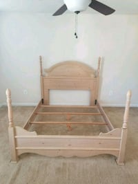 Beautiful queen bed for sale Saint Charles, 20602