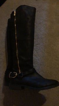 Tall Black Boots Sz 9  Smith-Ennismore-Lakefield, K0L