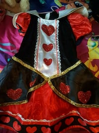 queen of hearts costume size lg Kitchener, N2E 2C7