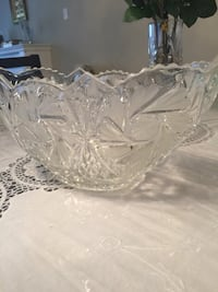 clear cut-glass bowl Richmond Hill, L4E 0A2