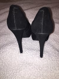 Kelsi Dagger black suede platform stilettos    A bit worn off on the inside     Size: 8 1/2 New York, 11203