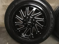 20' rims an tires 3 months old not a mark on them there 6 bolt off a 16 sierra 1301 km