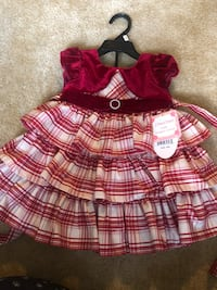 Brand new, Two piece red and white dress. Size 18 months Rockville, 20850