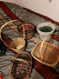 three brown wicker baskets with lids Saint-Jean-sur-Richelieu, J3B 2K7
