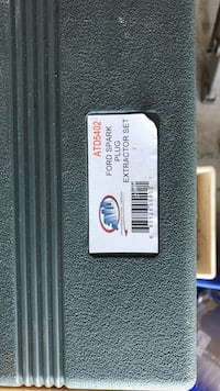 Ford spark plug extractor Peterborough, K9K 2T1