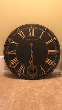 Large  wall clock District Heights, 20747