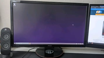 Gaming PC - 2 monitors - keyboard - mouse - pad - speakers