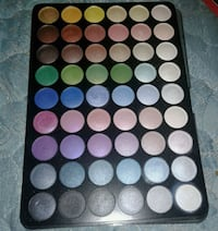 eye shadow pallete from Claire's Laredo, 78043