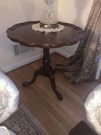 Wood End Table Silver Spring, 20906