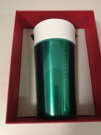 NEW Green Tumbler w Free Gift Boston