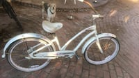 white and gray cruiser bike Temecula, 92591
