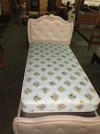 Twin bed set Newport News, 23605