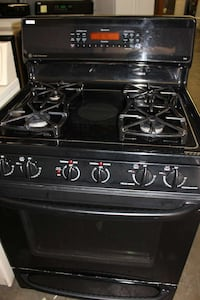 black 4 burner gas grill Woodbridge, 22191